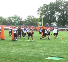 training-camp-browns-backsers-presidents-weekend